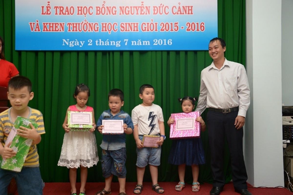 Học bổng Nguyễn Đức Cảnh 2016